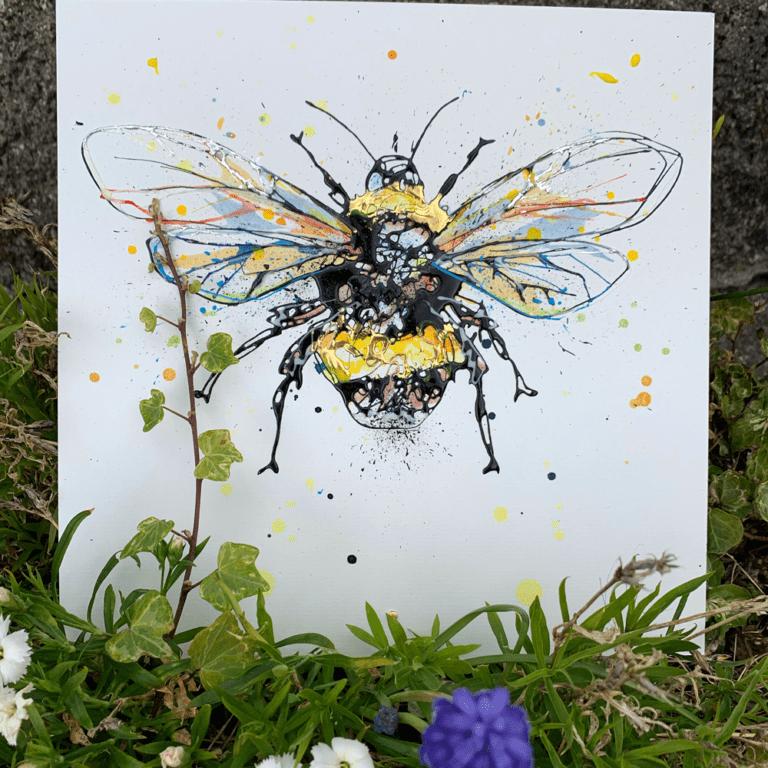 little bee photo
